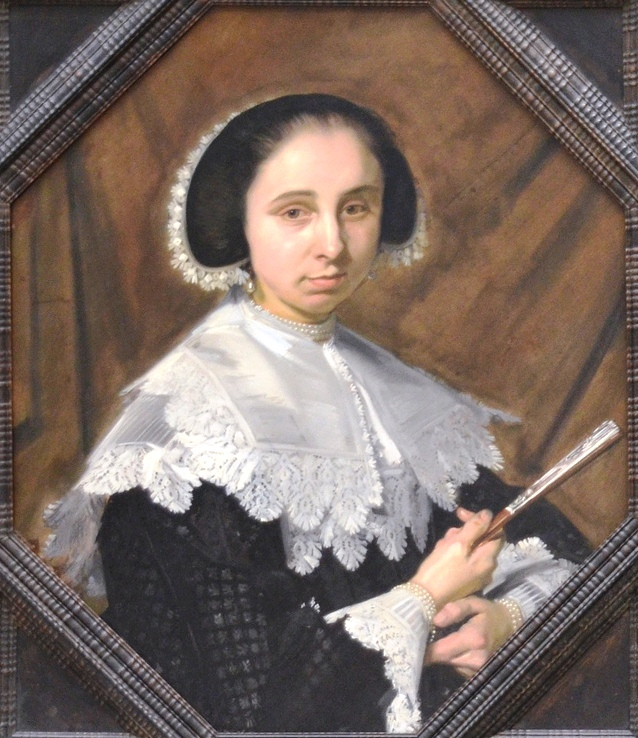 Frans_Hals_-_Portrait_of_a_woman_in_an_octagonal_frame_-_Stuttgart