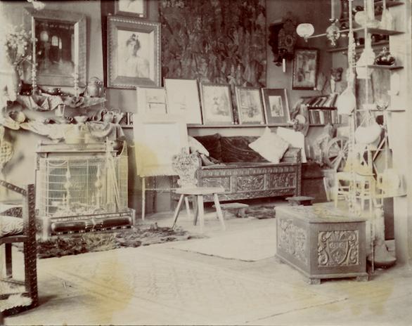 Lathrop_sisters'_Northampton_studio