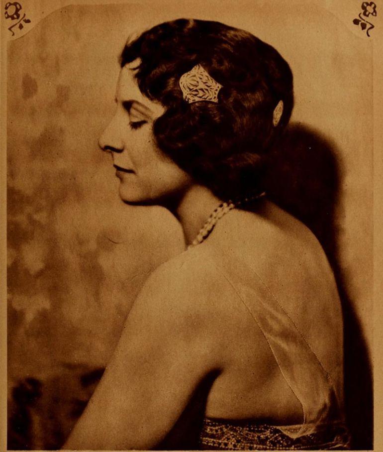 Geraldine_Farrar,_1920